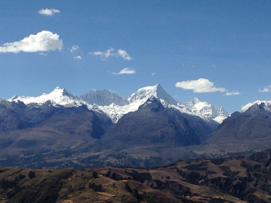 Huaraz, Peru – Acclimatising with Lake Willcacocha